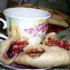 """""""Хмельные"""" пирожки с яблочно-смородиновой начинкой"""