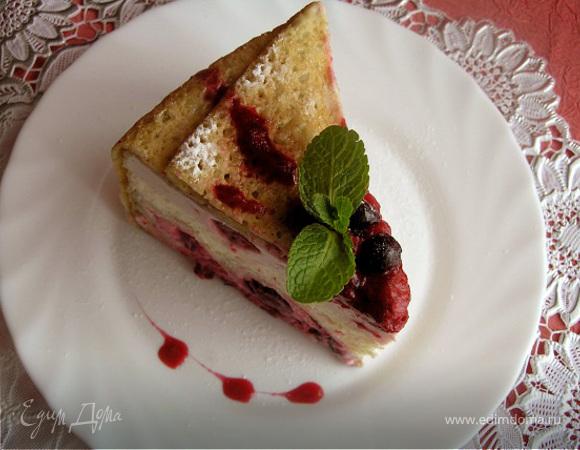 """Блинный торт """"Вишня и грейпфрут"""""""