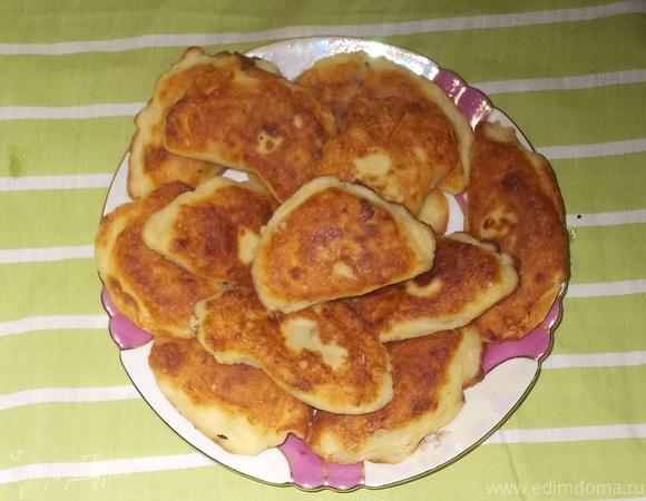 Пирожки из заварного теста с картошечкой и луком