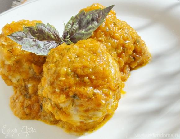 """""""Ежики"""" куриные с рисом под овощным соусом"""