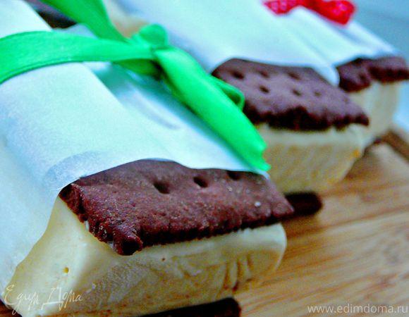 Сэндвич-мороженое с арахисовым маслом