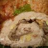 Куриный рулет, фаршированный яйцами и грибами