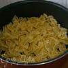 Холодная паста: Бантики с помидорами и тунцом