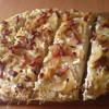 Тарт фламбе или эльзасский луковый пирог (tarte flambée)