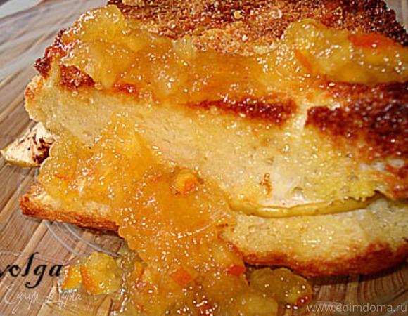 Яблочная запеканка из черствого хлеба