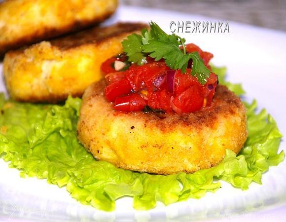 Картофельно-рыбные крокеты с томатной сальсой