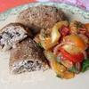Куриные зразы с грибами и гречкой и овощное соте на гарнир