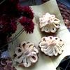 Шоколадно-ореховые капкейки с классической шапочкой