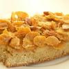 Пирог с кукурузными хлопьями и миндалем