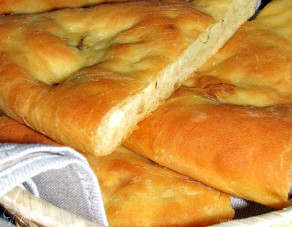Картофджин, или осетинский пирог с картофелем