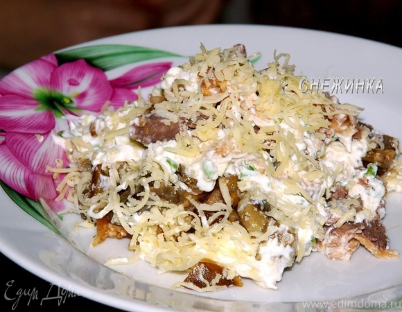 Салат из говядины с маринованными грибами