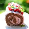 Бисквитный рулет с творожно-ягодным кремом