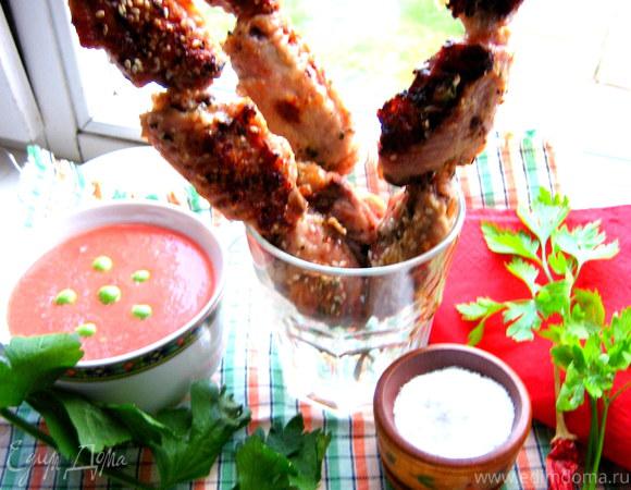 Шашлычки из крылышек и томатный соус