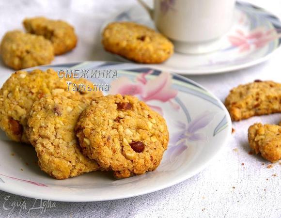 Кукурузное печенье с миндалем, фундуком и ароматом ванили