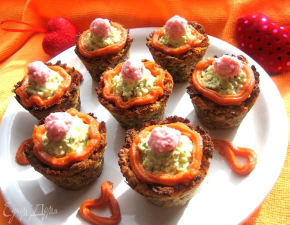 """""""Пирожные"""" в хлебных корзиночках с сыром Джюгас"""