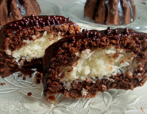 Кокосовые пирожные в шоколаде