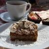 Легкий кофейный бисквит с кокосовым муссом