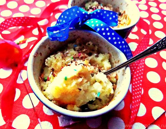 Пудинг из рисовых хлопьев с корицей