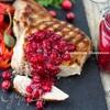 Брусничный соус с можжевельником (к мясу)