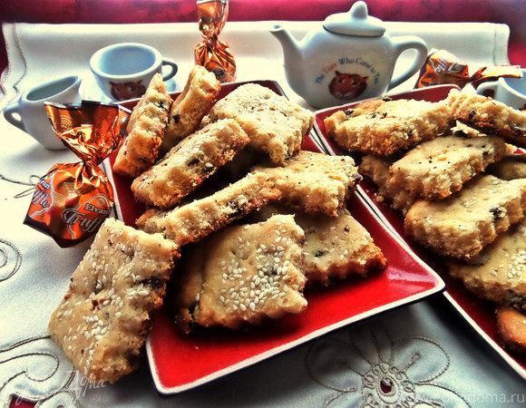 Печенье с кунжутом и изюмом