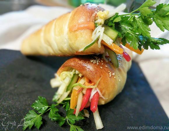Хлебные кулечки с салатом