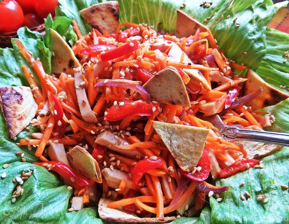 Салат пикантный морковный
