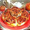 Пирог из булочек с арахисовой пастой и яблоками