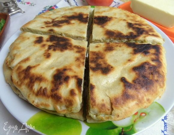 Картофельные лепешки с сыром и песто