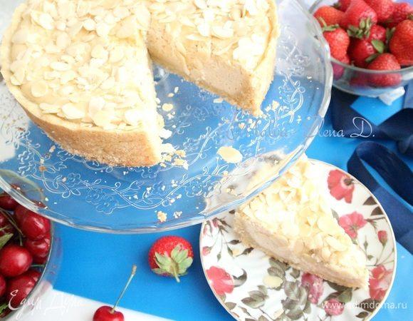 Творожный пирог с миндалем