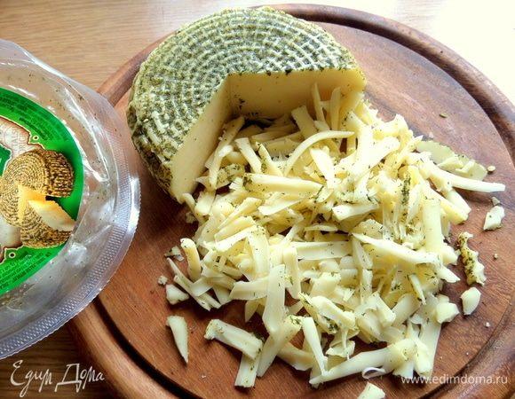 Помидорный салат с сыром