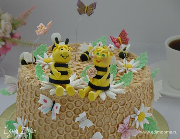 Торт «Пчелиная семейка»