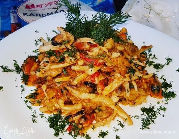 Морепродукты с овощами в сливках