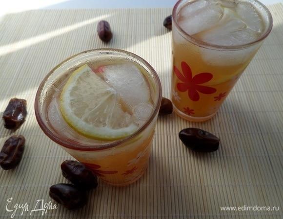 Имбирно-финиковый лимонад