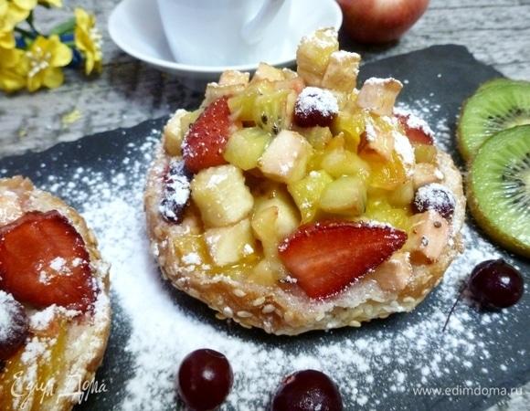 Теплые бутерброды с фруктово-ягодным компоте