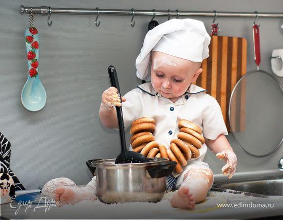 Готовим с детьми: 5 простых и весёлых рецептов