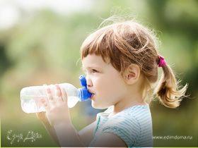 Детский рацион: сколько нужно воды для здоровья