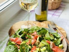 Лучшие весенние салаты: 10 рецептов от «Едим Дома»