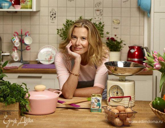 Весенние салаты от Юлии Высоцкой: 10 видеорецептов