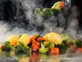 Едим на здоровье: 5 секретов приготовления вкусных овощей на пару