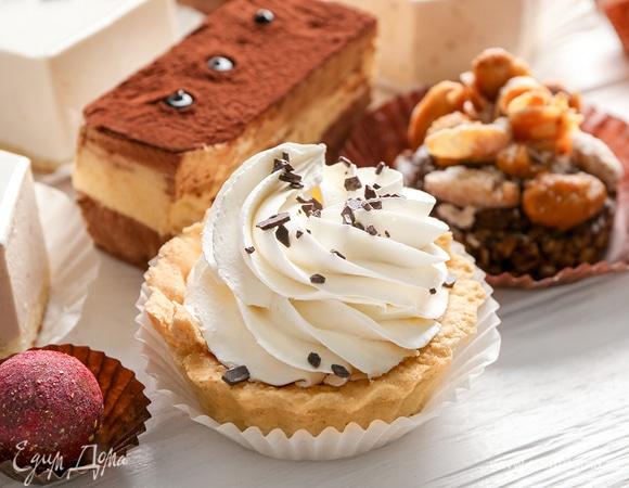 Праздник сладкоежки: 7 рецептов домашних пирожных на любой вкус