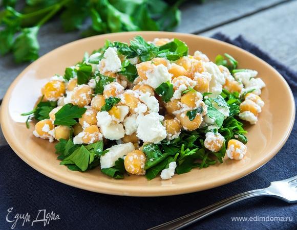 10 вкусных салатов с сыром
