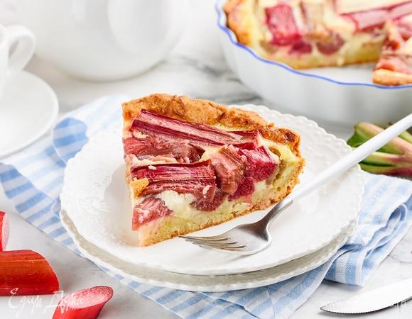 Сила в стебле: 7 рецептов блюд из ревеня для летнего меню