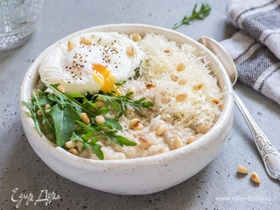 Завтрак с редакцией: сырная овсянка с яйцом пашот