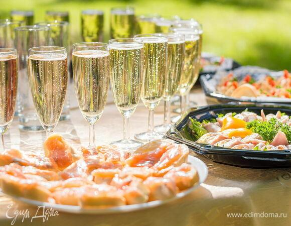 Пикник по случаю: что приготовить на праздничный стол на даче