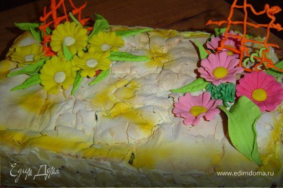 Торт получается очень вкусным!