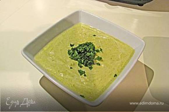Теперь кладём в суп головки и даём покипеть ещё 5 минут, всё наш супчик готов!!!