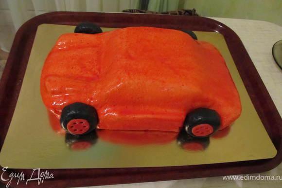 Покрасить всю машинку, прикрепить колеса