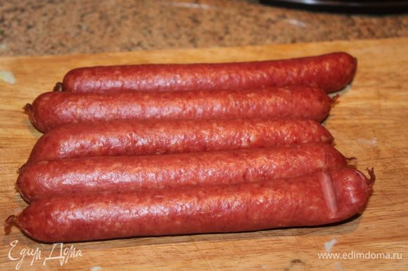 колбаски режем мелко