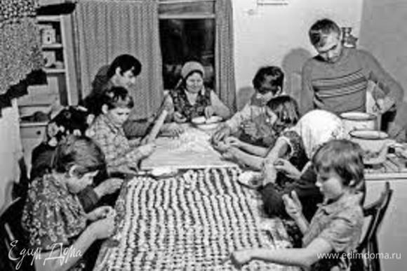 Традиционно хозяйки Пармы лепят Анолини к Рождеству. Это как для нас салат «Оливье», без которого Новый Год не Новый Год.