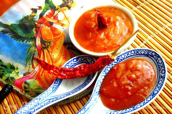 Например,японский соус...(http://www.edimdoma.ru/retsepty/56890-yaponskiy-sous-nedelya-yaponskoy-kuhni)